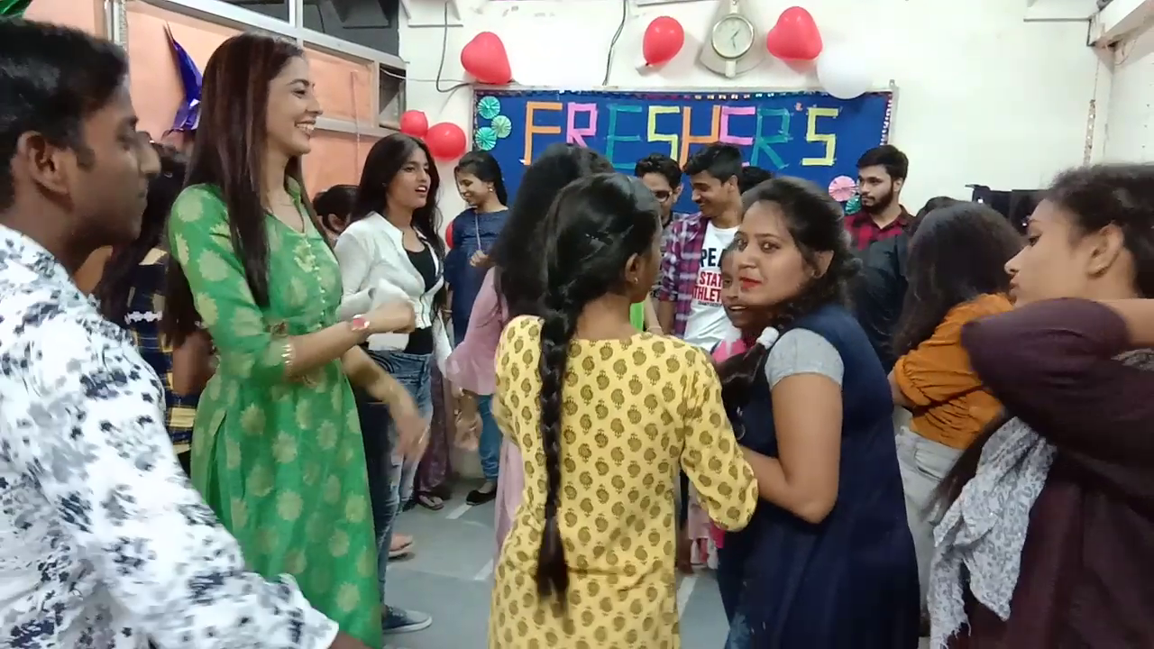 Freshers Party 2019 (5)