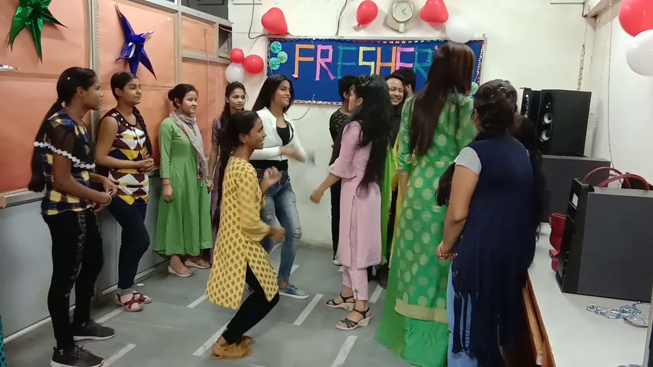 Freshers Party 2019 (7)